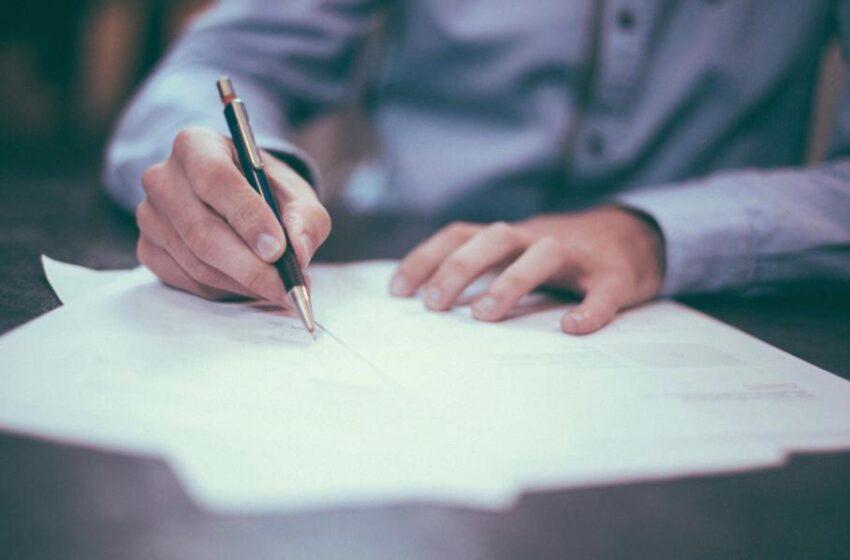 SEESP assina Convenção Coletiva com SINDHOSFIL/LINOSESP